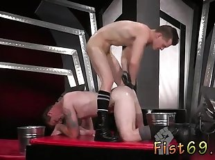 Gay twinks sock fetish In an acrobatic 69, Axel Abysse plung