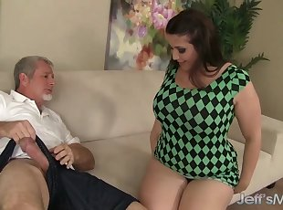 Sexy thick girl Angel DeLuca fucks and takes cum in her mouth