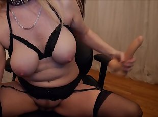 Gartersex - mommy sucks and fucks the cum out o
