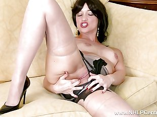 Tracy Rose wanks in seam pantyhose panties high heels
