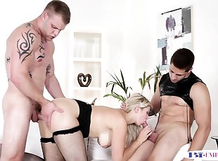 Assfucked stud facialized after sharing pussy