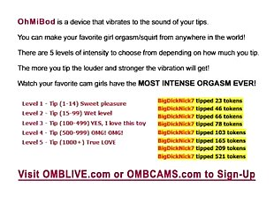 Fine College Babe Working 2 OMBLIVE Toys Live On Cam While You Play