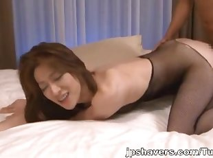 Marina Matsumoto Shaves Her Mature Pussy For A Threesome